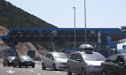 Hraniční přechod  Metković nemohou využívat autobusy s turisty