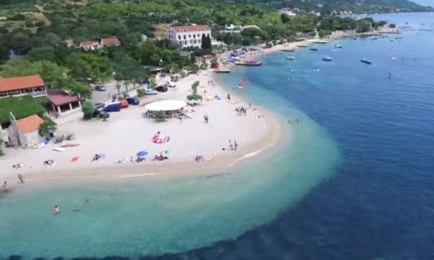 Poloostrov Pelješac pohledem z dronu