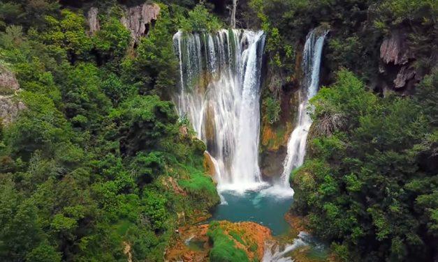 Chorvatský národní park Krka z dronu